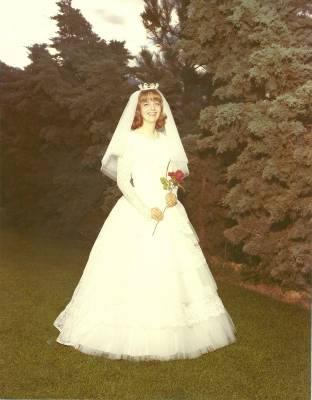 b2ap3_thumbnail_Diane-Jolley---1972-Strongs-Backyard-Provo-UT.jpg