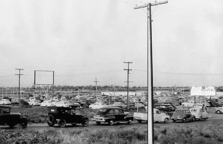 Blue-Line-Drive-in-1954.jpg